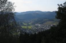 Lennesteig #08: Altenhundem - Saalhausen - Blick auf Saalhausen