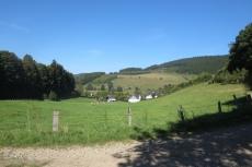Lennesteig #09: Saalhausen - Schmallenberg - Blick auf Milchenbach