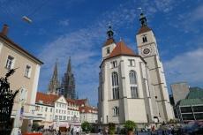 Regensburg - Neupfarrkirche und Domtürme