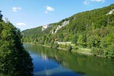 Altmühltal-Panoramaweg von Jachenhausen nach Prunn - Blick auf Schloss Prunn