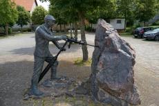 Diemelsteig - Von Heringhausen nach Wirmighausen - Bergarbeiterdenkmal in Adorf