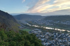 30. Int. Rhein-Mosel-Marathon - Moseltal bei Sonnenaufgang