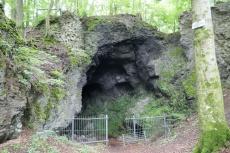 Eifelsteig #11: Von Neroth bis Schalkenmehren - Mühlsteinhöhle