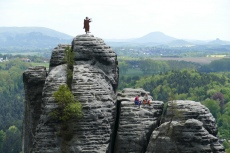 Malerweg #2 - Kletterer an den Bastei-Felsen