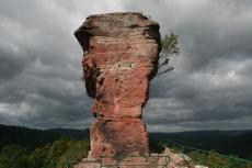 Felsenland Sagenweg - Burg Drachenfels