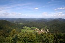 Felsenland Sagenweg - Nothweiler von der Wegelnburg