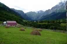 Georgien - Wanderung über den Baki-Pass, bei Mazeri