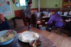 Georgien - Zubereitung von Kubdari