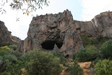 Kappadokien: Natürlich entstandene Gashöhle