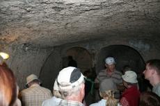 Kappadokien: Caner erklärt uns die unterirdische Stadt