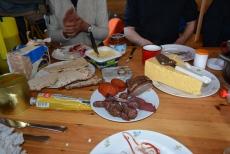 Lapplands Drag – Husky Expedition: Frühstück in der Mankeforshütte