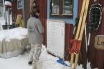 Lapplands Drag: Moni bei der Planung der Teams