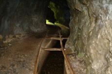 Madeira - Schienen einer alten Lorenbahn