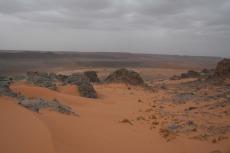 Marokko: Sand und Felsen