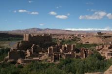 Marokko: Kasbah im Mgoun-Tal