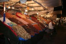 Marokko: Verkaufsstände auf dem Djemaa el Fna