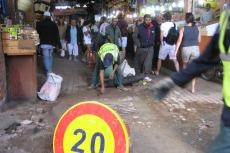 Marokko: Baustelle im Souk - wichtig: das Tempolimit!