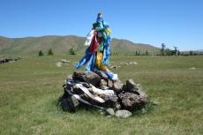Mongolei: Kleiner Ovoo im Orkhon-Tal