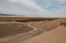 Mongolei: Ausgetrocknetes Flussbett