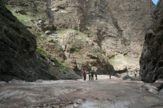 Mongolei: Eis in der Geierschlucht