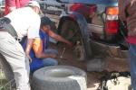 Mongolei: Mal wieder klemmt ein Stein in der Bremse
