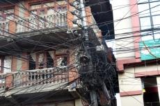 Nepal - So wird ordentlich verkabelt
