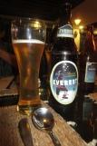 Nepal - Everest Bier zum Abendessen