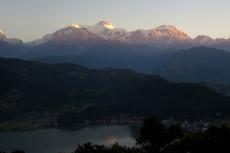 Nepal - Annapurna-Massiv im Sonnenaufgang