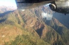 Nepal - Flug von Kathmandu nach Lukla, nie höher als nötig