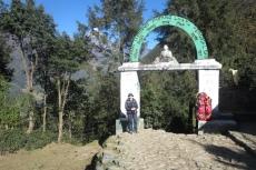 Nepal - Tor am Ende Luklas