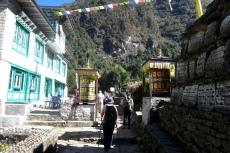 Nepal - Gebetsmühlen auf dem Weg nach Phakding
