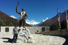 Nepal - Am Tenzing-Norgay-Denkmal