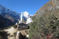Nepal - Stupa auf dem Weg zum Kloster Thame