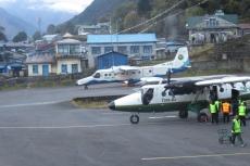 Nepal - Morgens geht es in Lukla zu wie im Taubenschlag