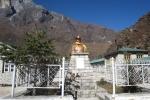 Nepal - Hillary-Denkmal in Khumjung
