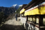 Nepal - Gebetsmühlen auf dem Weg nach Thame