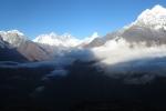 Nepal - Wolken vor dem Everest
