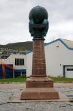 Nordkap, Hurtigruten und Lofoten: Meridiansäule in Hammerfest
