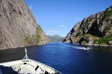Nordkap, Hurtigruten und Lofoten: Ausfahrt aus dem Trollfjord