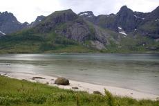 Nordkap, Hurtigruten und Lofoten: Feiner Strand am Flakstadpollen