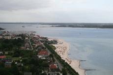 Schleswig-Holstein: Blick vom Marine-Ehrenmal auf Laboe und die Kieler Förde