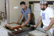 Usbekistan - traditionelle Papierfabrik