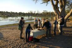 Botswana - Picknick am Ufer des Khwai
