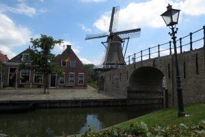 Hausbooturlaub in Friesland: Heeg – Sloten – Langwarder Wielen