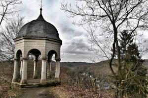 Im Kernland der Grafen von Berg bei Schloss Burg