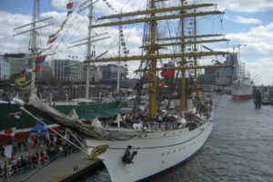 Read more about the article Hafengeburtstag Hamburg